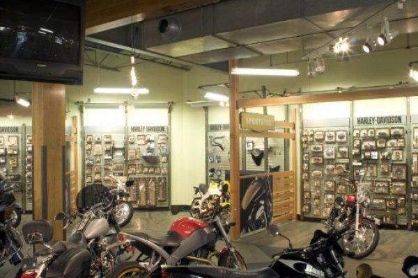 Parts Departt   Big Barn Harley‑Davidson®   Des Moines Iowa